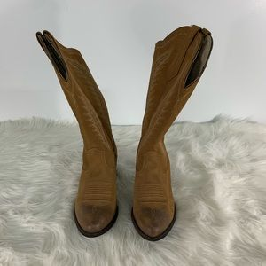 Ariat Cowgirl Boots Size 9